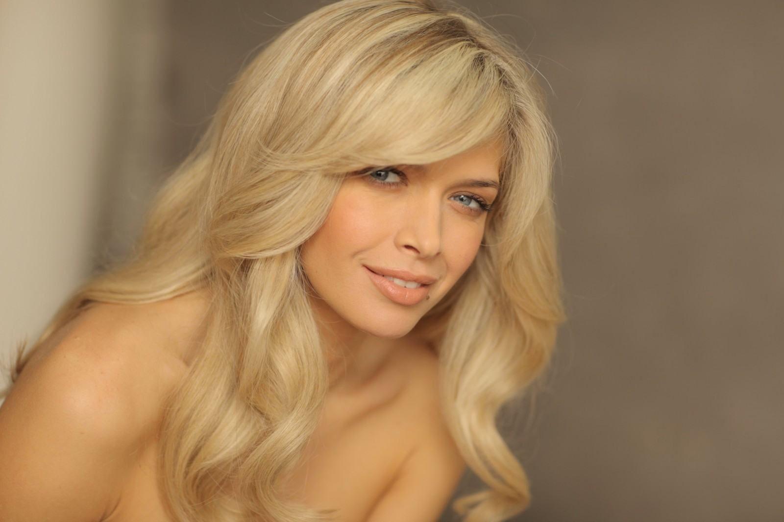 Русская красивая девушка с очень красивой фигурой 26 фотография